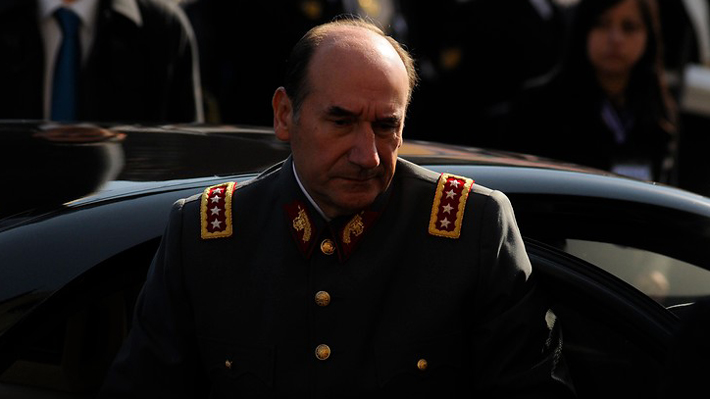Nuevo revés para general (r) Fuente-Alba: Renuncian sus dos abogados