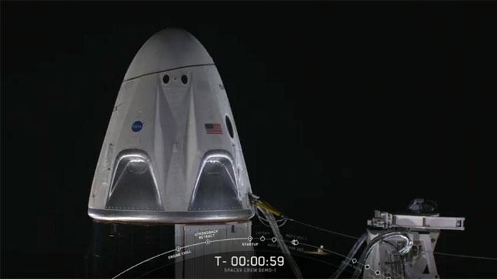 SpaceX logra enviar con éxito su cápsula para tripulaciones hacia la Estación Espacial