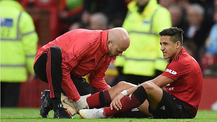 """Se teme lo peor: Técnico del United asegura que lesión de rodilla de Alexis """"podría ser de ligamentos"""""""