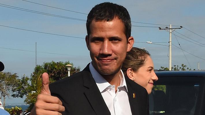 """Guaidó reitera que regresará a Venezuela y convoca """"al pueblo"""" a la manifestación de este lunes"""