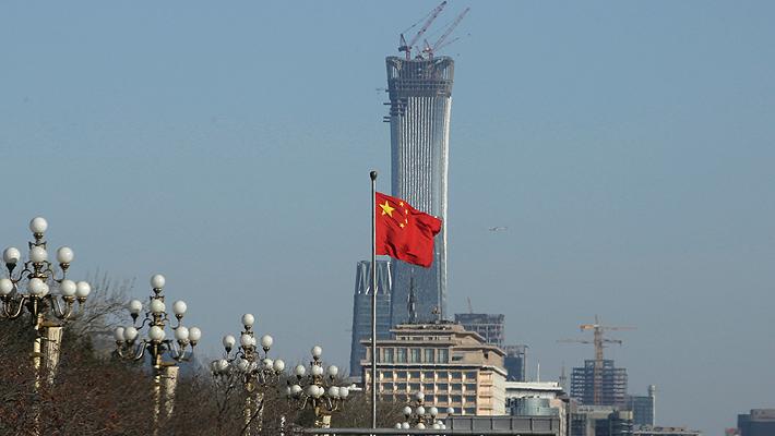 """Gobierno chino reconoce un """"progreso sustancial"""" en las negociaciones comerciales con EE.UU."""
