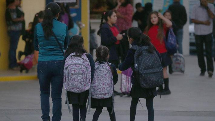 Mineduc asegura que 19 mil escolares no se han matriculado por no estar conformes con el colegio que les asignó el sistema