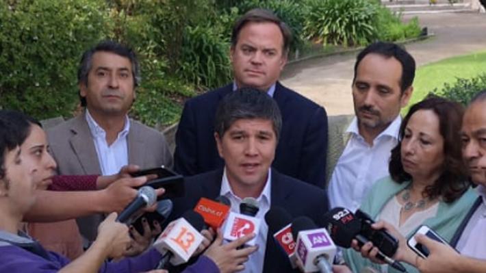 """Ex NM confía en que el Frente Amplio respetará acuerdo administrativo: """"Hay un buen ánimo para cumplirlo"""""""