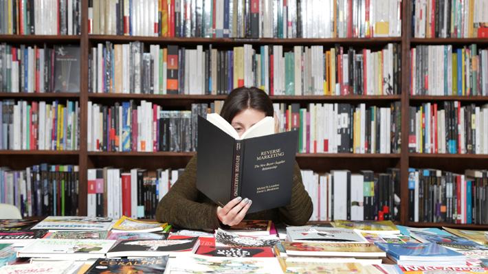 """""""Fahrenheit 451"""" y """"Seda"""": Una selección de novelas que entretienen y además invitan a la reflexión"""