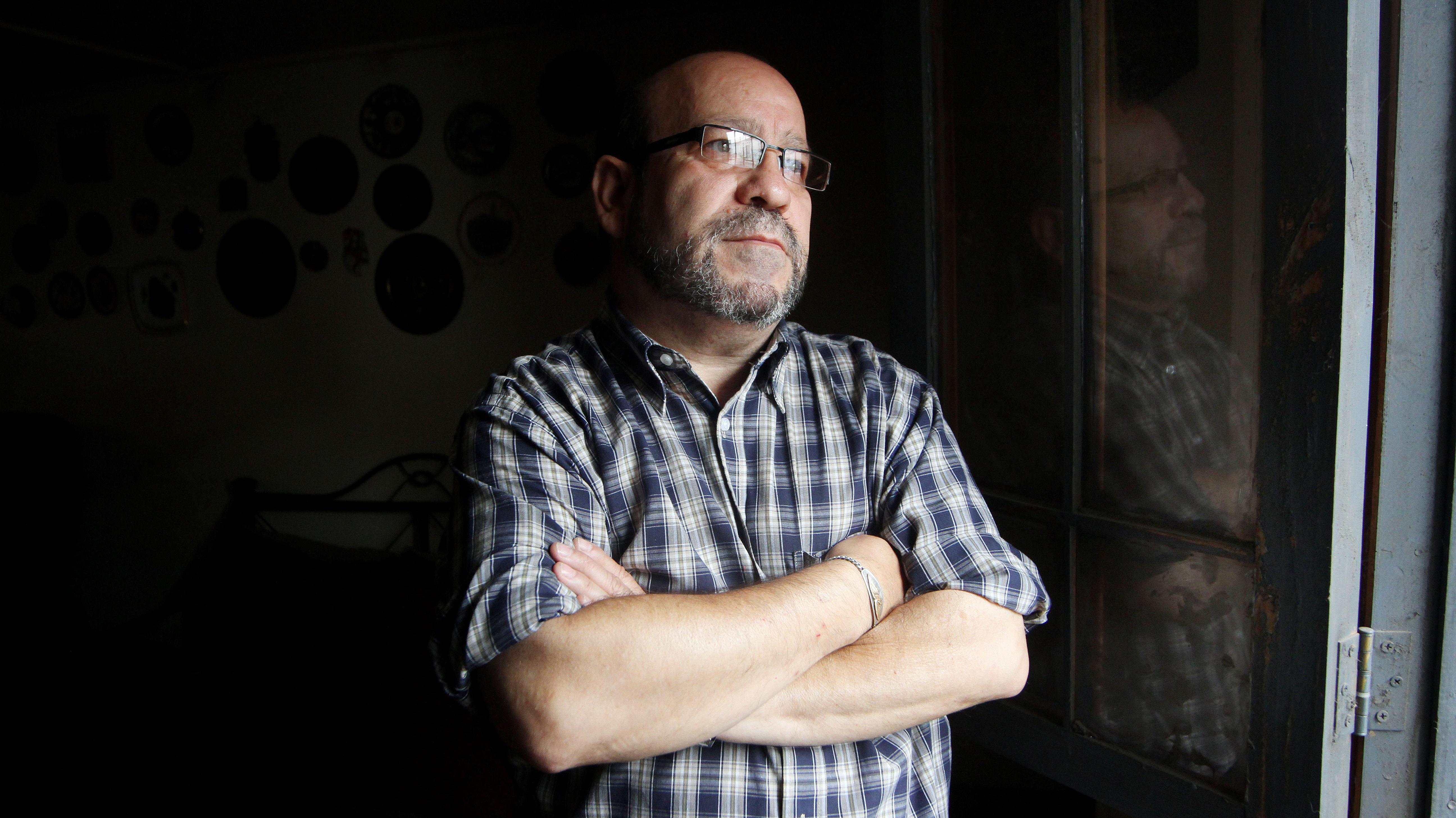 Rolando Jiménez deja la primera línea del Movilh tras 27 años al frente de la organización