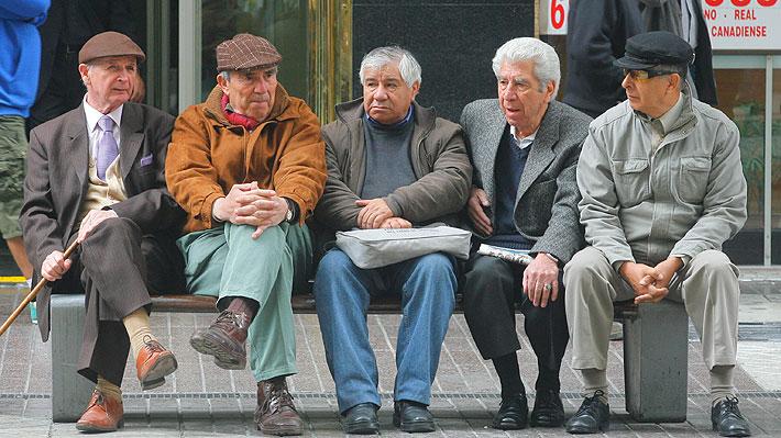 Reforma de pensiones: El debate que abrió el Gobierno tras revelar disposición a subir más allá del 14% la cotización individual