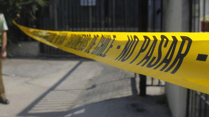 Nuevo caso de femicidio en Quintero: Mujer es asesinada en la calle por su ex pareja