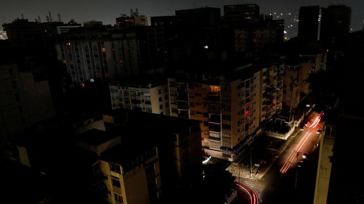 Corte de suministro eléctrico en Venezuela está cerca de cumplir los dos días