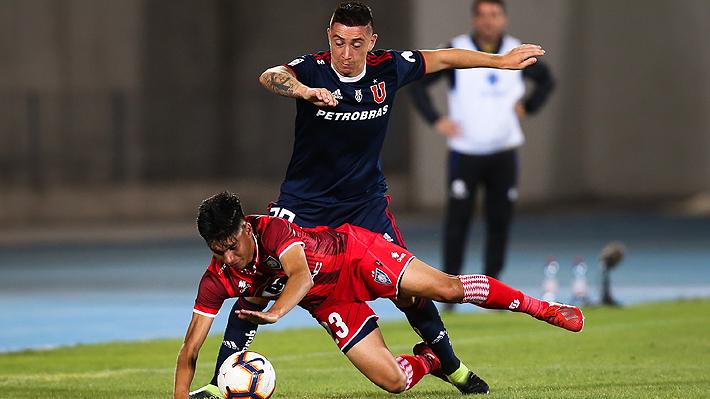Kudelka suma otra baja en defensa: Rodrigo Echeverría se lesiona y no estará para el duelo ante Unión Española