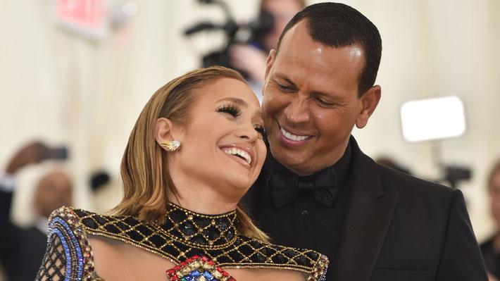 La foto con la que Jennifer Lopez confirmó su compromiso con el ex beisbolista Alex Rodriguez