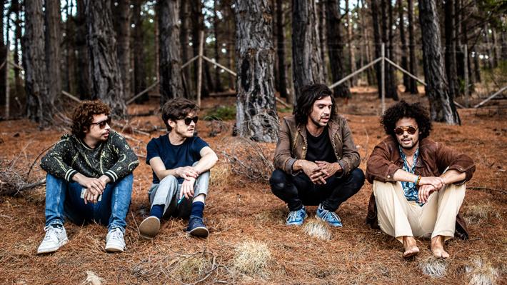 Cigarbox Man: La banda de rock que estará en Lollapalooza 2019 y que tocará con guitarras hechas de chatarra reciclada
