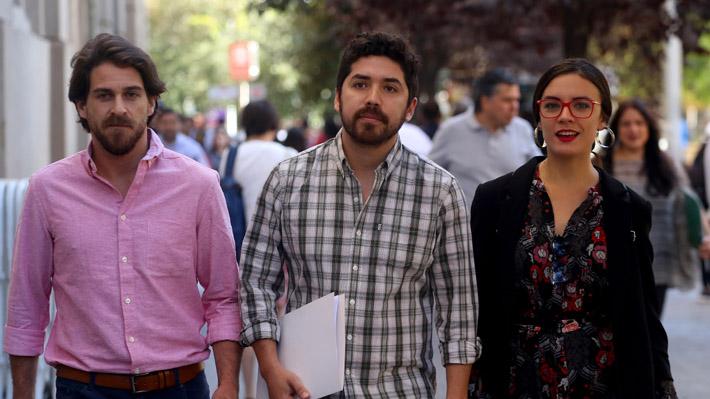 """Oposición pide a Contraloría que revise uso de recursos públicos en gira de ministra Cubillos por """"Admisión Justa"""""""
