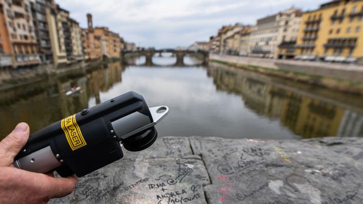 """Los """"Ángeles de la Belleza"""", el grupo que lucha contra los grafitis en Italia"""