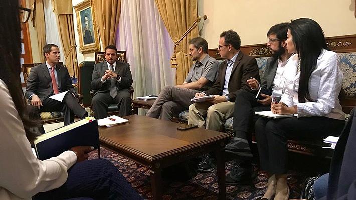 Guaidó se reúne con emisarios de Bachelet en Venezuela para abordar la crisis sociopolítica
