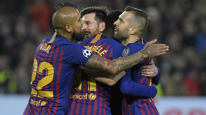 Arturo Vidal ingresó en un momento clave de la goleada del Barcelona que clasificó a cuartos de final de la Champions