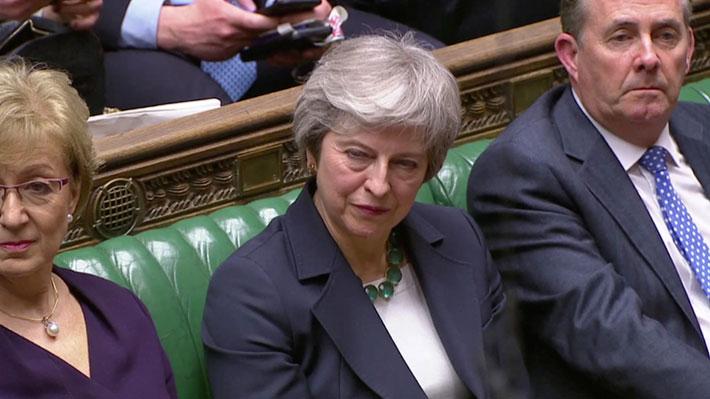 Parlamento británico aprueba que May solicite a la UE una prórroga del Brexit