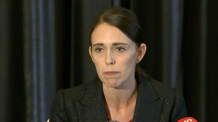 """El sentido mensaje de la Primera Ministra Jacinda Ardern: """"Nueva Zelanda vive sus días más oscuros"""""""