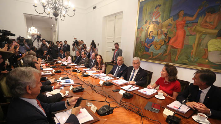 """Piñera encabeza primer consejo de gabinete de 2019: """"Tenemos un año lleno de desafíos, lleno de tareas por cumplir"""""""