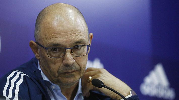 Crece la polémica en la U: Alfredo Arias confiesa que mintió y que llegó a Chile antes que Kudelka renunciara