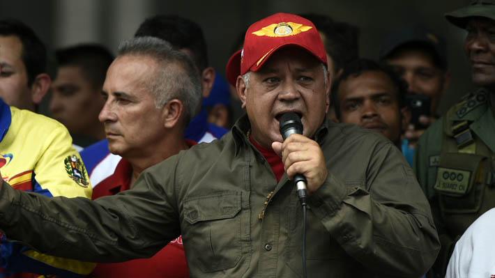 """Diosdado Cabello pide a los venezolanos mantenerse alerta ante """"nuevos ataques"""" tras el apagón"""
