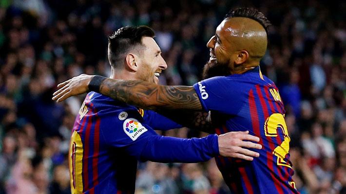 Arturo Vidal juega todo el partido en goleada del Barcelona con exhibición y triplete de Lionel Messi