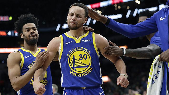 Video: El increíble triple desde antes de mitad de cancha con que Stephen Curry deslumbró en la NBA