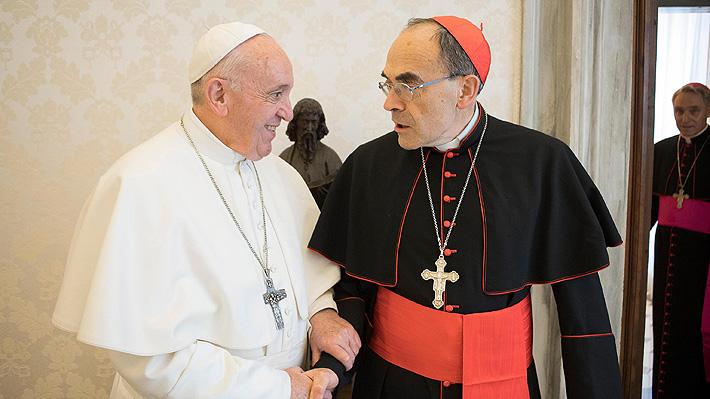 Papa Francisco rechaza renuncia de cardenal condenado por encubrimiento de abusos a menores