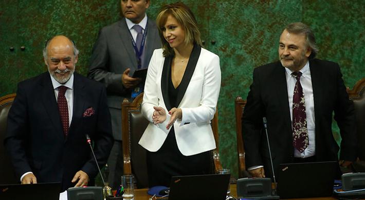"""Del """"te lo dije"""" de Jiles a Ascencio al tuit de Claudio Bravo a Bellolio: Así fue la tensa votación por la mesa de la Cámara"""