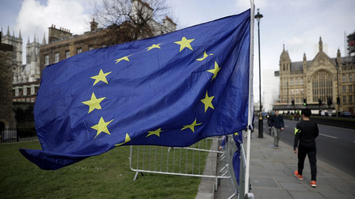 """Comisión Europea advierte que aplazar el Brexit hasta el 30 de junio implicaría """"graves riesgos"""""""