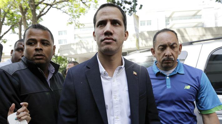 """Guaidó interpela a Maduro por detención de colaborador y dice que """"no se atreve a encarcelarme"""""""