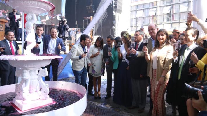 """Ministro de Agricultura destaca que Chile es """"el cuarto país exportador de vino en el mundo"""""""