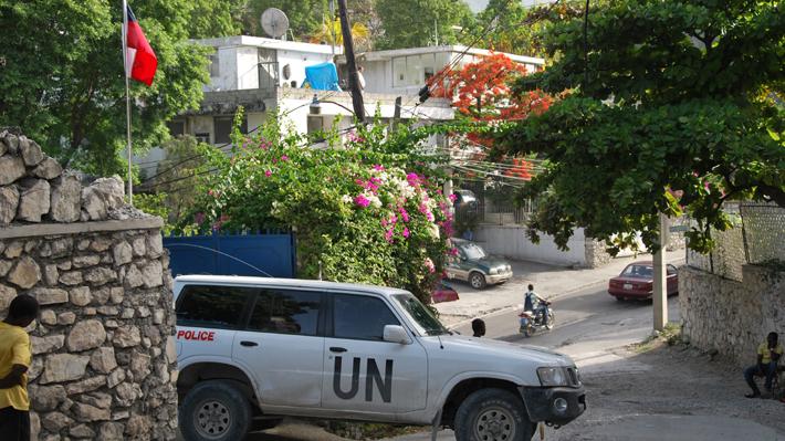Embajador de Chile en Haití sufre ataque armado en medio de actividad solidaria