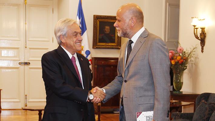 """Tras reunión con Piñera, Álvaro Elizalde (PS) hace un llamado al Gobierno a """"respetar"""" a Bachelet: """"No se puede injuriar"""""""