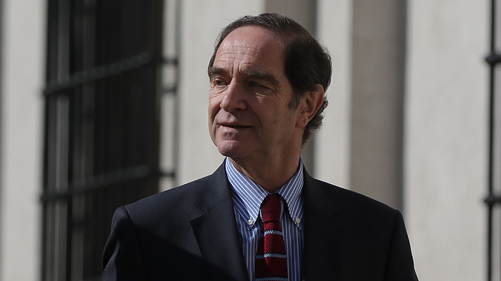 Ministro Larraín anuncia que no declarará como testigo de la defensa de Orpis en caso Corpesca
