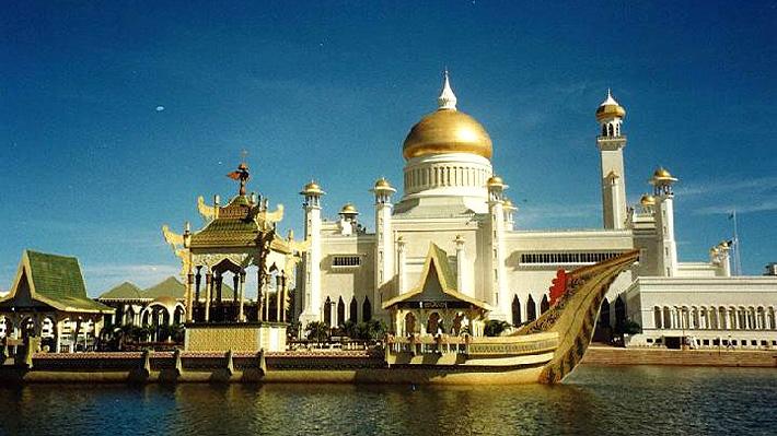 Cómo es Brunei, el sultanato que decretó la pena de muerte para la homosexualidad y el adulterio