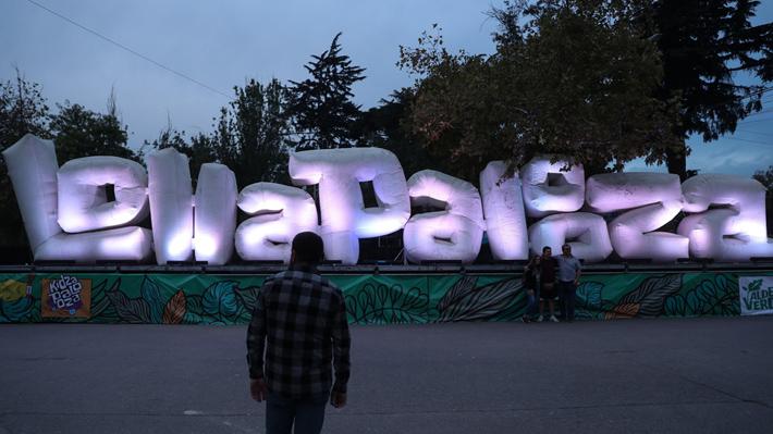 Lollapalooza sigue con problemas de audio: Concierto de Gepe quedó en silencio