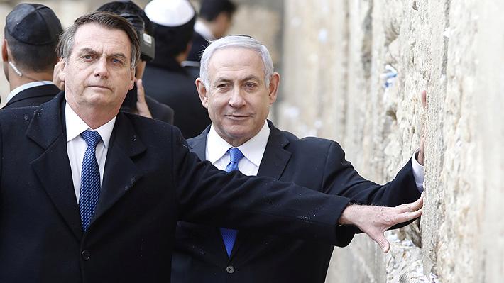 Gesto a Netanyahu: Bolsonaro es el primer mandatario que visita el Muro de los Lamentos junto a su par israelí