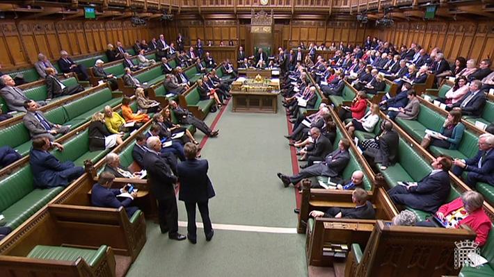 Las cuatro alternativas al acuerdo del Brexit que el Parlamento británico votará este lunes