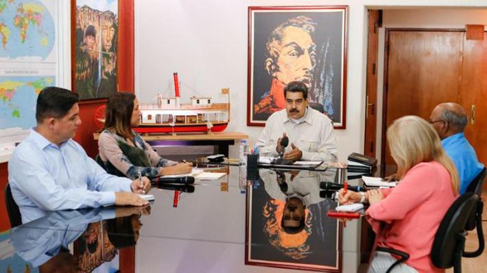 Maduro cambia a su ministro de Energía Eléctrica en medio de crisis por apagones en Venezuela