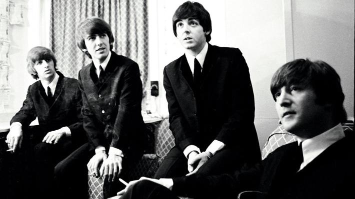 Tarjeta de presentación de la primera banda de John Lennon saldrá a subasta desde 32 mil dólares