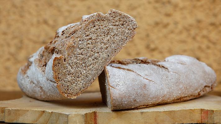 beneficios del pan integral para adelgazar
