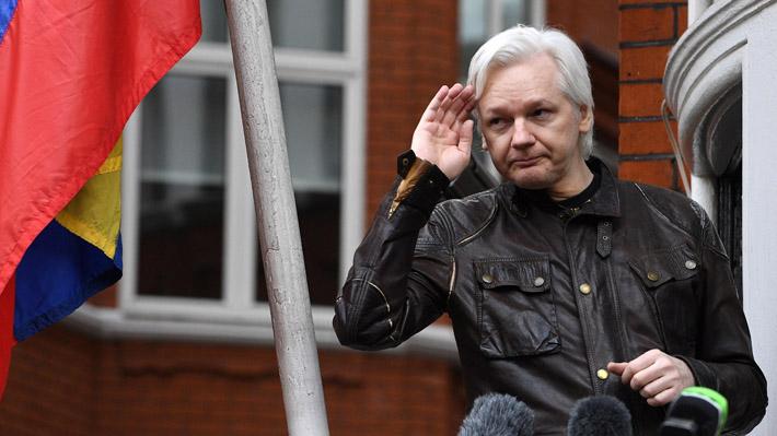 """Wikileaks denuncia que Assange será expulsado de la Embajada de Ecuador en Londres """"en cuestión de horas o días"""""""