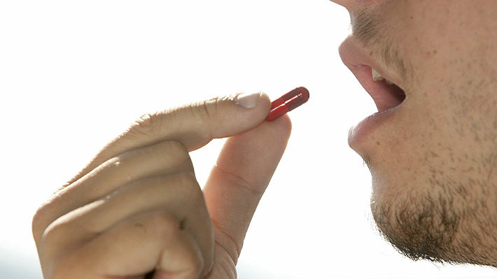 Experto llama a no alarmarse por alergia a la amoxicilina y asegura que casos como el de Gustavo Cariaga son raros