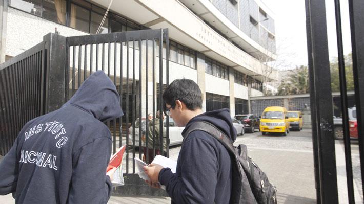 Presentan recurso de protección por alumna que quiere ingresar al Instituto Nacional