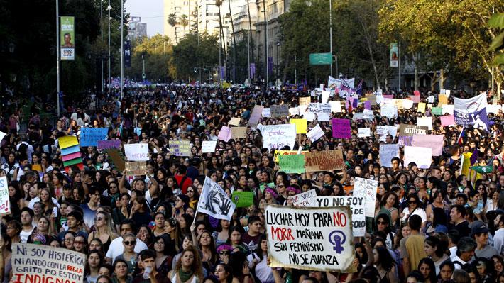 Ley de acoso, protocolos de equidad e hitos urbanos: Los avances en género a un mes de la marcha del 8M