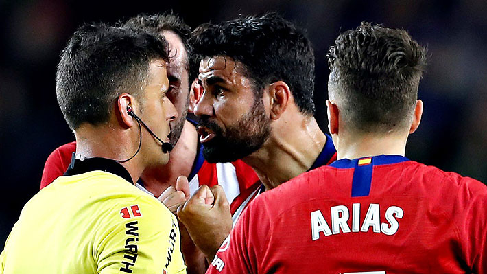 La polémica expulsión de Diego Costa ante Barcelona y el duro insulto que habría dicho al árbitro