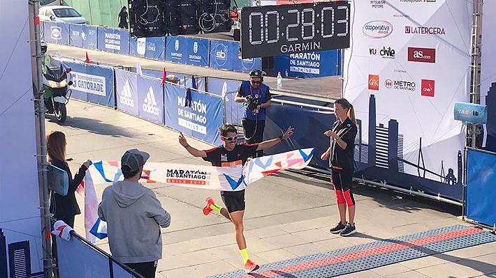 Sólo en los 10K ganó un chileno: Los mejores nacionales en cada categoría del Maratón de Santiago