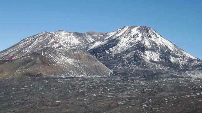 """Sernageomin reporta """"explosión"""" en complejo volcánico Nevados de Chillán"""