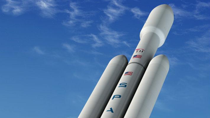 El cohete operativo más grande de Elon Musk busca realizar su primer viaje comercial este miércoles