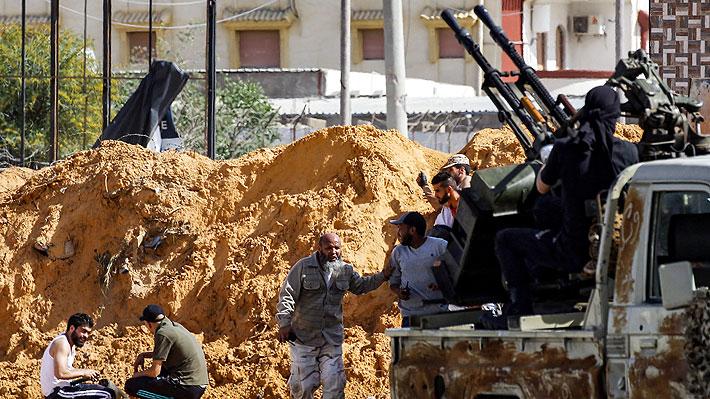 """Conflicto en Libia: ONU insiste en una """"tregua humanitaria"""" en Trípoli, donde los combates dejan ya 56 muertos"""